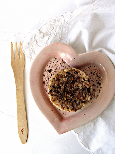 Risotto allo zafferano con cioccolato al sale di mothya e pepe garofanato