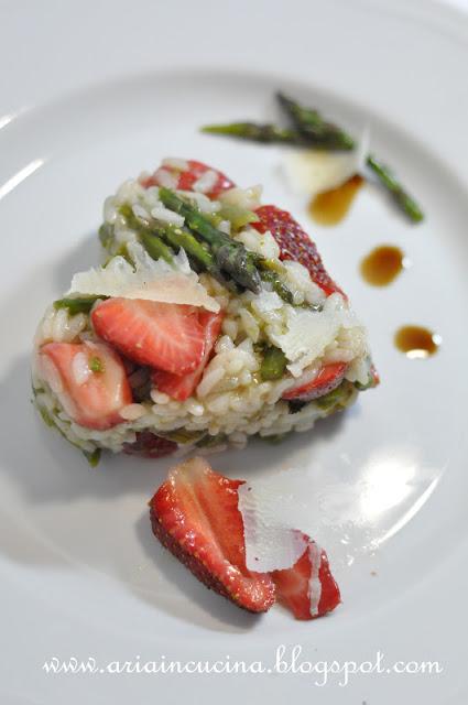 Risotto asparagi e fragole